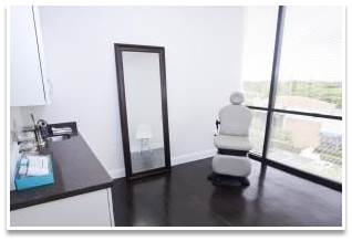 Dr. Farber's medical office in South Florida